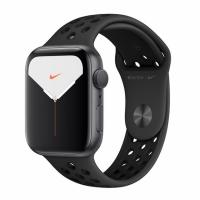 Apple Watch 5 Nike 40mm Space Gray Aluminum Case / Black Sport Band